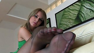 Steps for nylon sole pounding