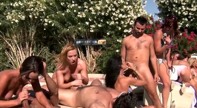 Brazzers LIVE Pool Party -..